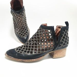 Jeffery Campbell. Taggart Ankle Boot